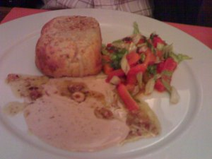 escalope-con-ensalada-de-piquillos1
