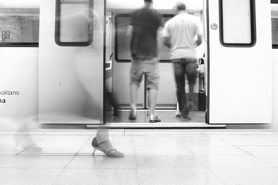 underground-775317_1920